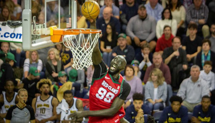 Tacko Fall dunke avec les Maine Red Claws en G League