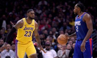 LeBron James et Kawhi Leonard en face à face
