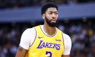 NBA - Frank Vogel s'auto-critique sur le cas Davis, AD pas d'accord