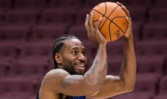 Kawhi Leonard tout sourire à l'échauffement avec les Clippers