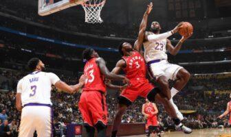 Les Lakers tombent au Staples Center