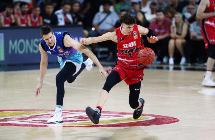LaMelo Ball en contre-attaque
