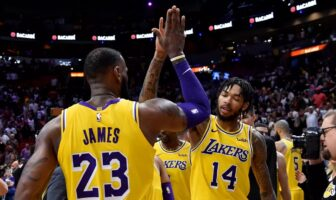 LeBron James et Brandon Ingram sous le maillot des Lakers
