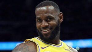 NBA – « Il a refusé Indiana afin d'aller aux Lakers avec LeBron pour moins d'argent »