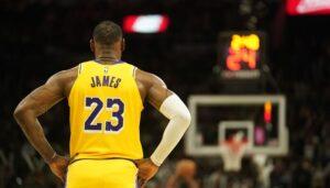 NBA – L'improbable joueur grand gagnant du changement de n° de LeBron