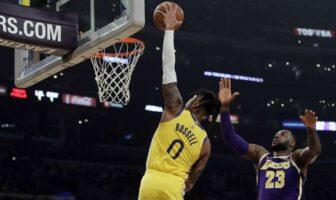 dunk de D'Angelo Russell sur LeBron James