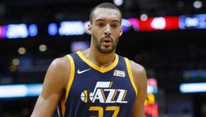 NBA – Rudy Gobert victime d'un méchant tacle après son match !