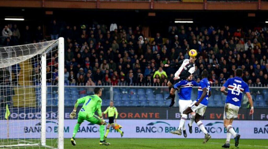 Cristiano Ronaldo marque pour la Juventus