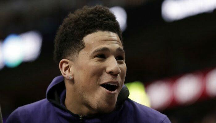 NBA - En cartonnant, Devin Booker fait perdre un terrible pari à un célèbre gamer