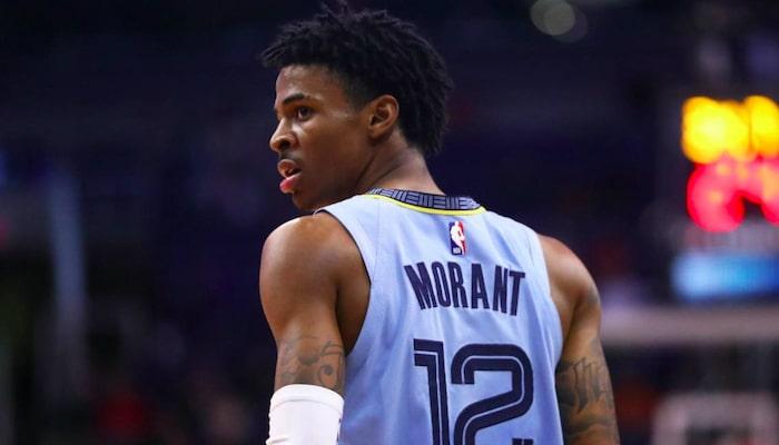 Ja Morant auteur d'un énorme dunk face aux Cavs-NBA