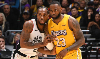 Kawhi Leonard et LeBron James durant Clippers vs Lakers