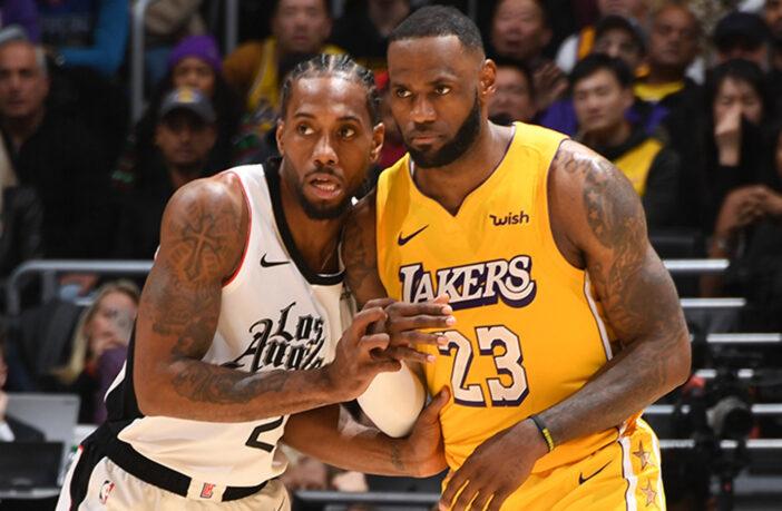 Kawhi Leonard et LeBron James durant Clippers vs Lakers