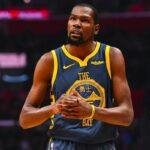 NBA – Encore attaqué sur ses bagues aux Warriors, Kevin Durant trolle sur Twitter