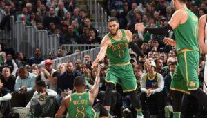 NBA – Career-high pour Jayson Tatum, Kemba l'encense