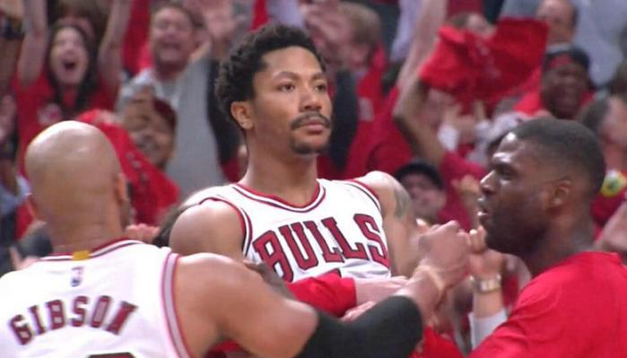 Derrick Rose explique comment marquer et célébrer un game-winner