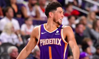 record de franchise pour devin booker