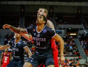 ABA League – Le Partizan Belgrade mise sur James McAdoo !