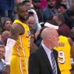 NBA – LeBron James échange des mots avec le coach des Mavs !