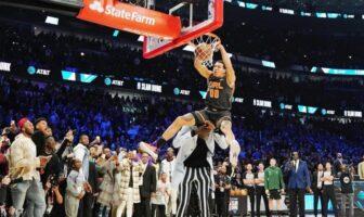 Tacko Fall réagit au dunk d'Aaron Gordon sur sa tête