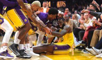 LeBron James heureux avec les Lakers