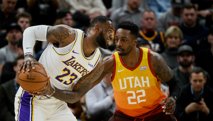 LeBron James face à Jeff Green lors d'un Jazz-Lakers