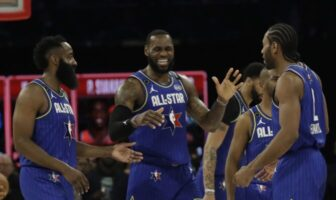 James Harden, Lebron James, Anthony Davis, Chris Paul et Kawhi Leonard lors du All-Star Game 2020