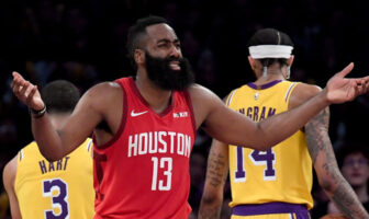 James Harden a fait le buzz sur Twitter a cause d'une photo embarrassante de lui face aux Celtics