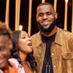 NBA – LeBron James salive devant une photo de Savannah
