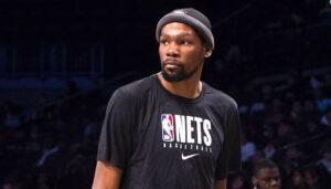 NBA – Kevin Durant incendié par les fans après un tweet suspect