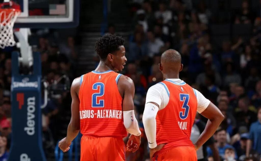 Shai Gilgeous-Alexandre et Chris Paul du Thunder