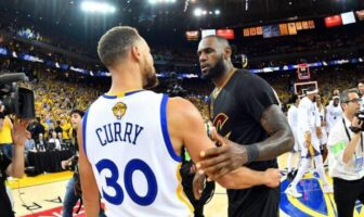 Steph Curry et LeBron James