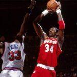 NBA – 19 juin 1994 : Quand Hakeem Olajuwon mettait toute la ligue à ses pieds pour un exploit unique