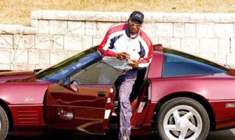 Michael Jordan avait pour habitude d'arriver à l'entrainement avec une Ferrari assortie à son survêtement