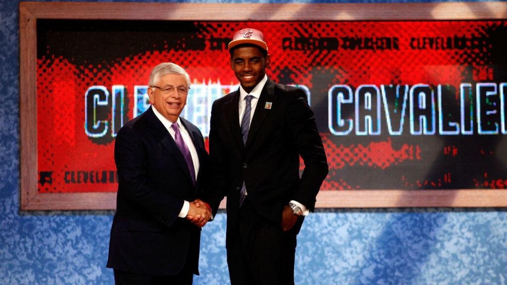Kyrie Irving lors de la Draft NBA 2011