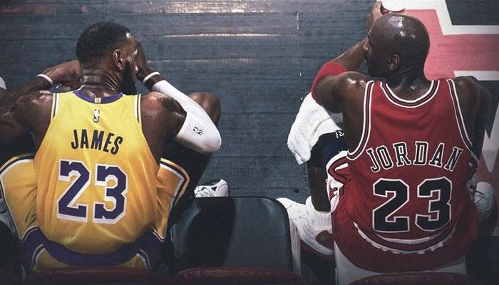 LeBron James et Michael Jordan sur le banc