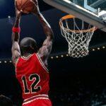 NBA – Le plan foireux qui a forcé Michael Jordan à jouer avec le n°12 enfin révélé !