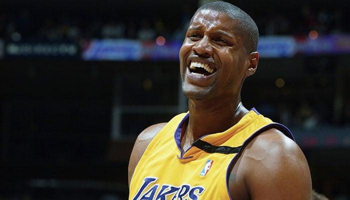 Samaki Walker sous le maillot des Los Angeles Lakers
