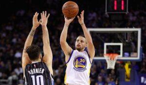 NBA – Le commentaire génial de Fournier sur le carton de Steph Curry
