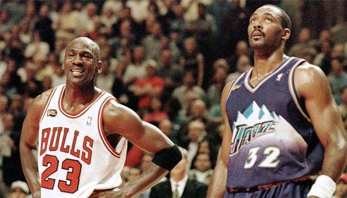 Karl Malone et Michael Jordan lors d'un affrontement entre le Jazz et les Bulls