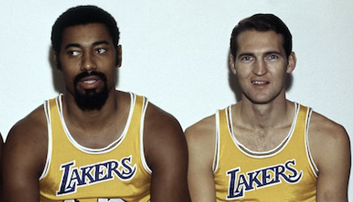 Wilt Chamberlain et Jerry West sous le maillot des Los Angeles Lakers