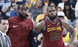 Kendrick Perkins et LeBron James sous les couleurs des Cleveland Cavaliers