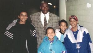 NBA – Tony Parker raconte sa première rencontre avec Jordan à 14 ans… et son problème gênant