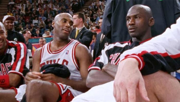 Scott Burrell était la victime favorite de Michael Jordan