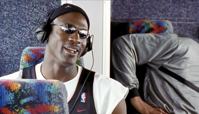 Michael Jordan headphones meme The Last Dance