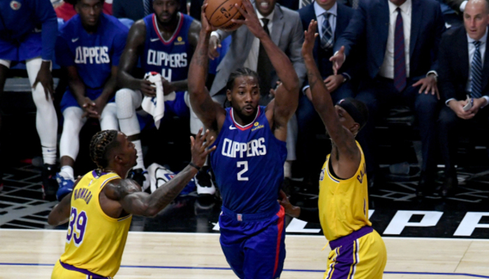 Le joli geste de Kawhi Leonard pour Dwight Howard-NBA