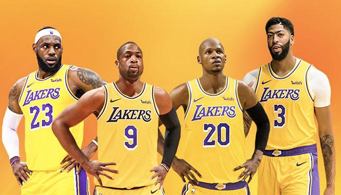Lebron James, Dwyane Wade, Ray Allen et Anthony Davis sous le maillot des Los Angeles Lakers
