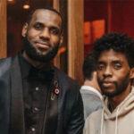 NBA – L'hommage de LeBron pour Chadwick Boseman en direct sur le terrain