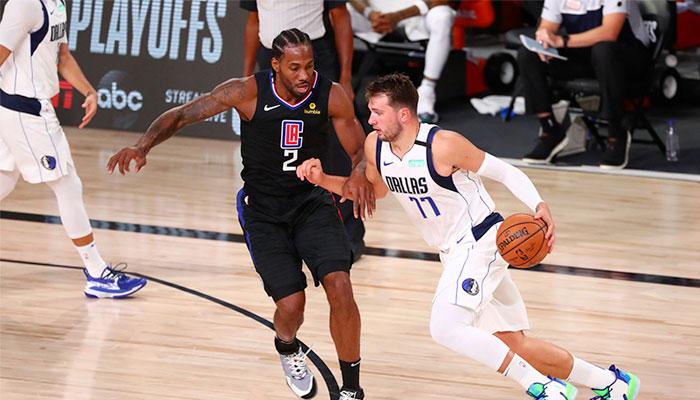 Kawhi Leonard au duel avec Luka Doncic NBA