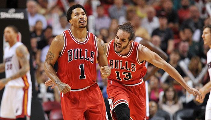 Derrick Rose et Joakim Noah avec les Bulls des années 2010