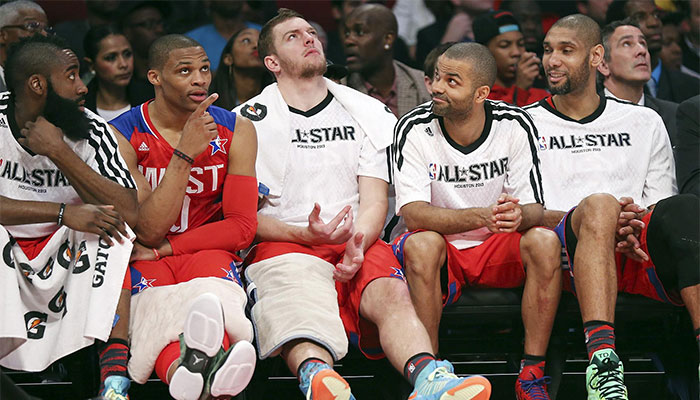 Le banc des superstars de l'Ouest au All-Star Game 2013 avec le Big Three des Spurs et les deux stars du Thunder, James Harden et Russell Westbrook